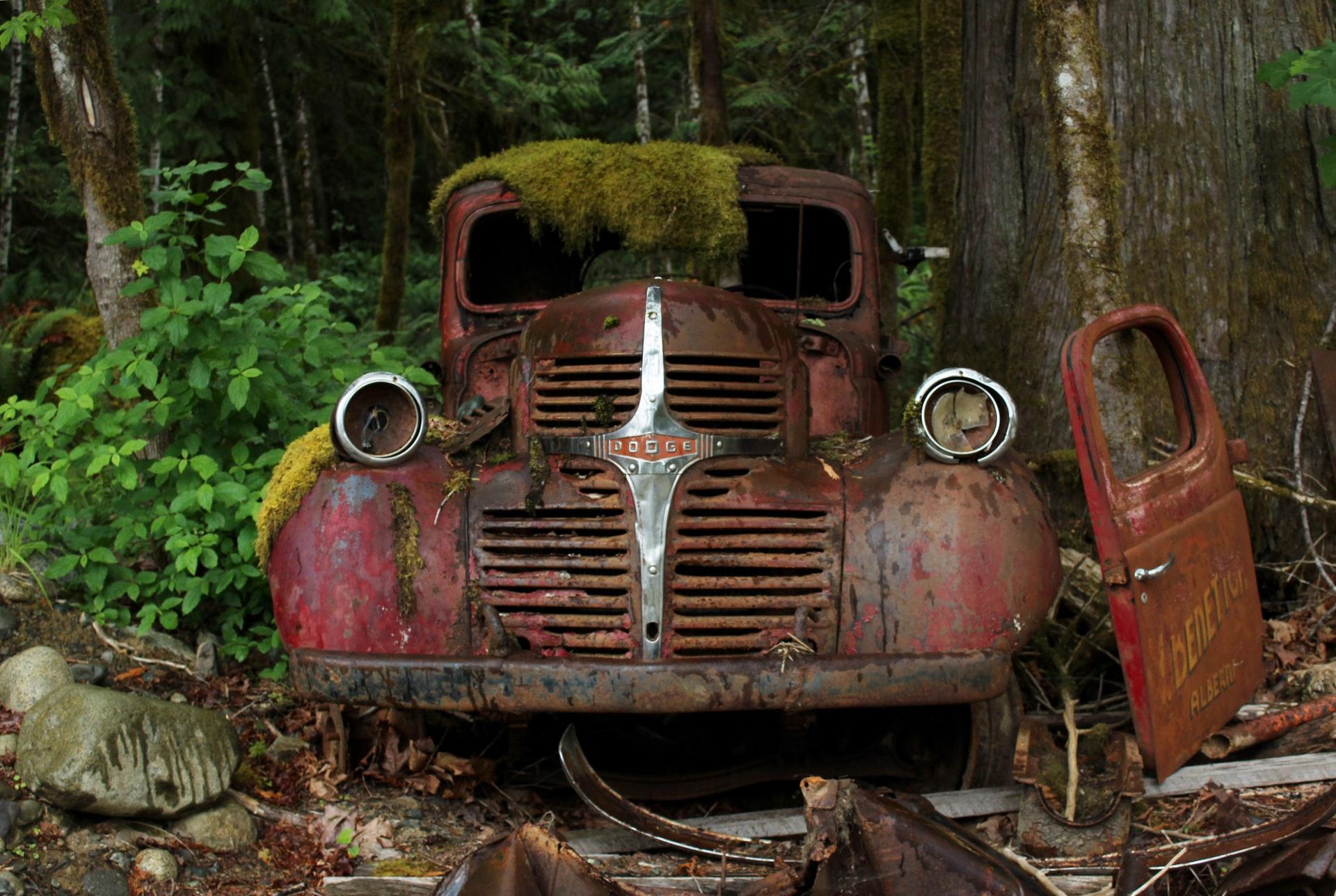 abandoned rusty car